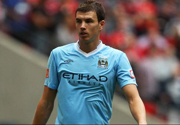 Manchester City demand £25m for Dzeko as negotiations with AC Milan continue to stall
