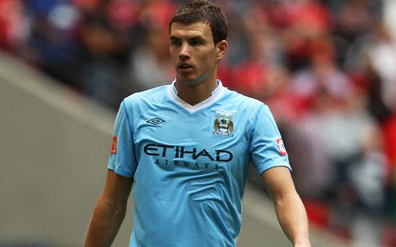 Manchester City deny Dzeko agent exit claims