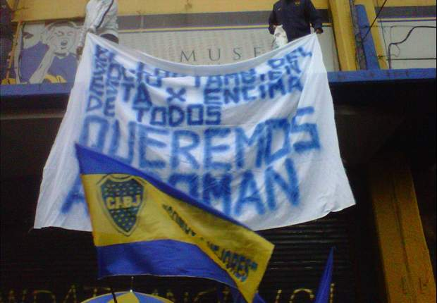 Boca Juniors fans plead for Riquelme to stay