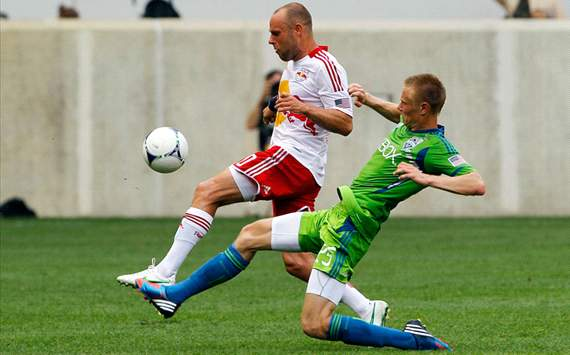 Andy Rose, Joel Lindpere, Seattle Sounders, New York Red Bulls, MLS
