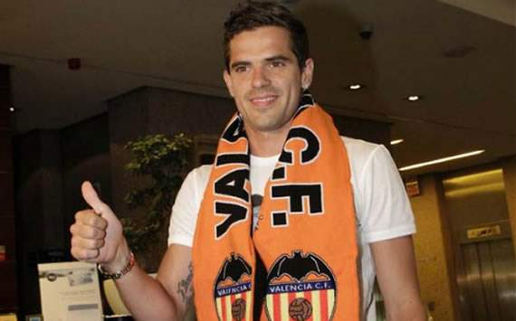Banega happy Gago has joined him at Valencia