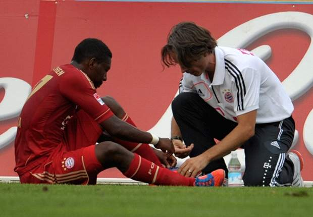 Alaba to undergo surgery on foot fracture