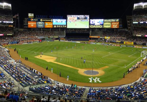 Chelsea players in awe of Yankee Stadium