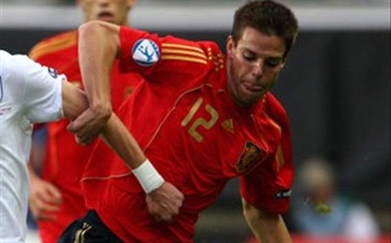 Chelsea make 'serious approach' for Azpilicueta