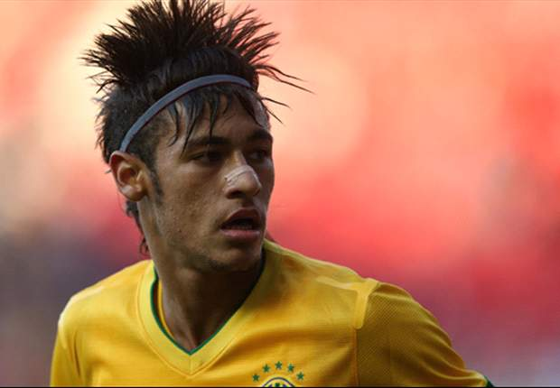 Neymar: Brazil is very lucky that Giovani dos Santos won't play