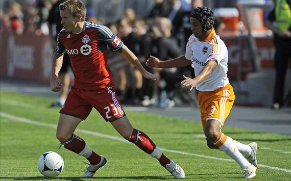 Calen Carr, Houston Dynamo; Terry Dunfield, Toronto FC; MLS