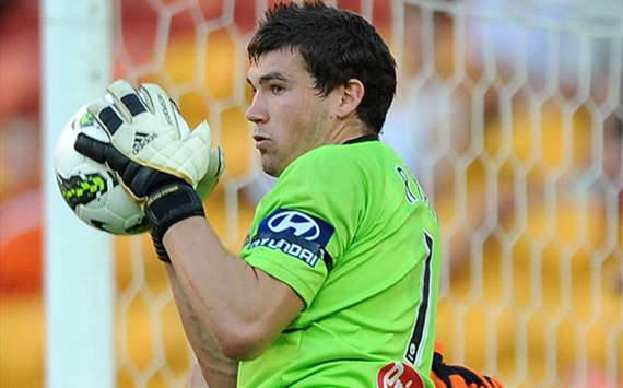 Central Coast Mariners goalkeeper Mathew Ryan to link up with Wigan & West Brom after Tottenham trial