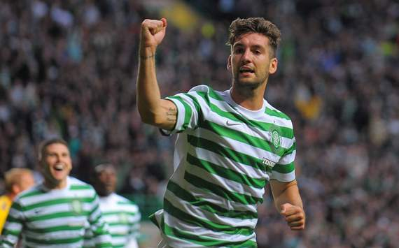 CL - Celtic v HJK Helsinki, Charlie Mulgrew of Celtic