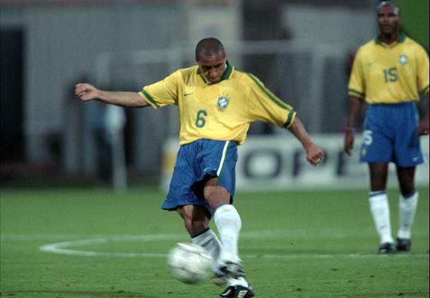 Farewell thunder thighs: Roberto Carlos calls time on blistering career