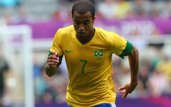 Sao Paulo deny €27m deal with Inter for Lucas Moura