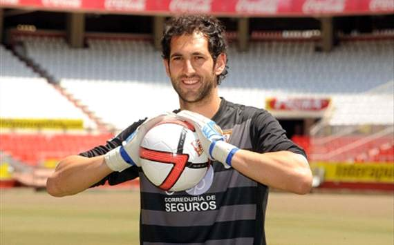 Real Madrid complete Diego Lopez signing