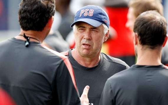 Carlo Ancelotti Dinginkan Rumor Ashley Cole