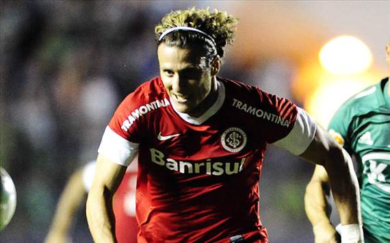 Diego Forlan Nikmati Periode Bersama FC Internazionale