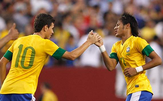 Oscar: I'll try to persuade Neymar to join Chelsea