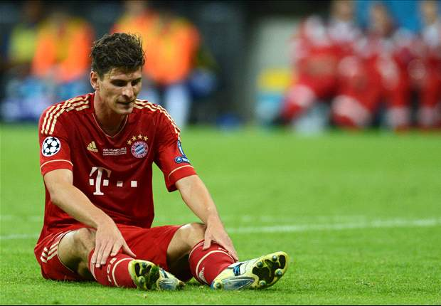 Mario Gomez out for six weeks after successful ankle surgery
