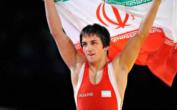 طنین سرود ایران در قلب لندن/ ممنون سوريان!
