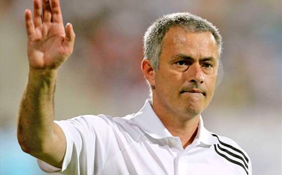 Mourinho wants to stay in football as long as Manchester United manager Sir Alex