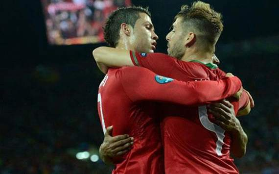 Ronaldo and Meireles in Euro 2012