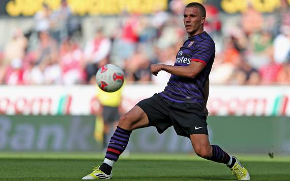 TEAM NEWS: Podolski & Cazorla start for Arsenal in Sunderland clash as Song is left out