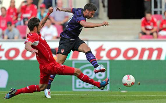 FC Cologne - FC Arsenal, Pre-season friendly, Olivier Giroud, Kevin Pezzoni