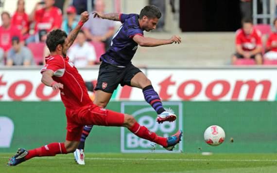 FC Cologne - FC Arsenal, Pre-season friendly, Olivier Giroud, Kevin Pezzoni