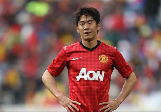 Manchester United send Kagawa for back scans