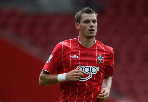Pochettino is 'great', says Southampton midfielder Schneiderlin