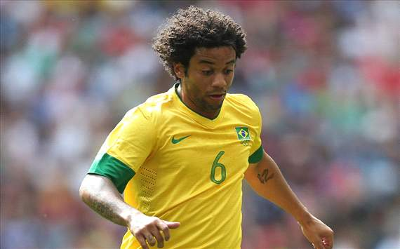 Marcelo out for three months with fractured foot