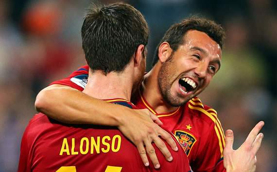 Xabi Alonso, Santi Cazorla, Spain