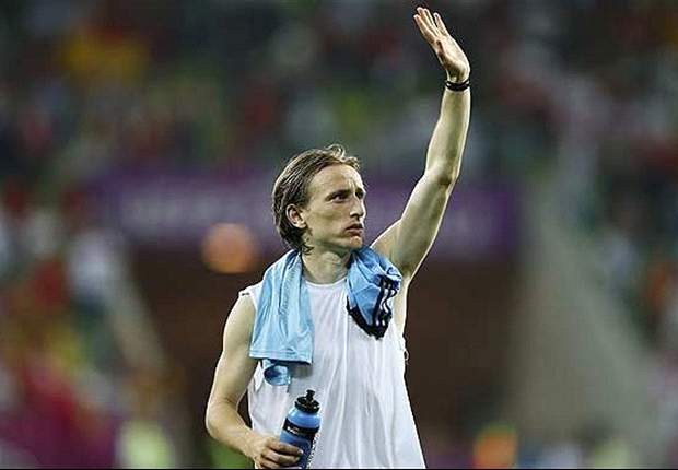 Modric would be a good choice for Real Madrid, says Rakitic