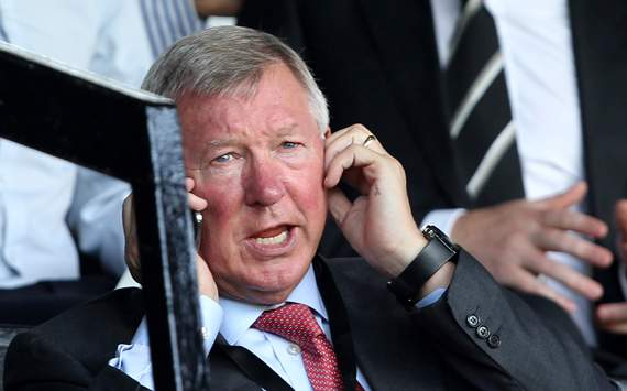 Manchester United 'definitely won't be buying anyone else', says Sir Alex Ferguson