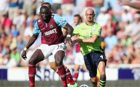 EPL - West Ham United v Aston Villa, Mohamed Diame and Stephen Ireland