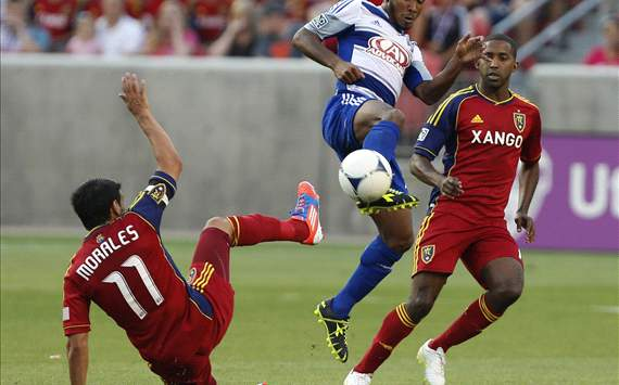 Julian De Guzman, Javier Morales; FC Dallas - Real Salt Lake
