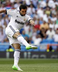 Gonzalo Higuain - Real Madrid, Valencia CF