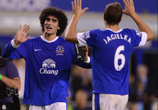 'It is nigh on impossible to mark him' - Everton team-mates hail Fellaini after Manchester United win