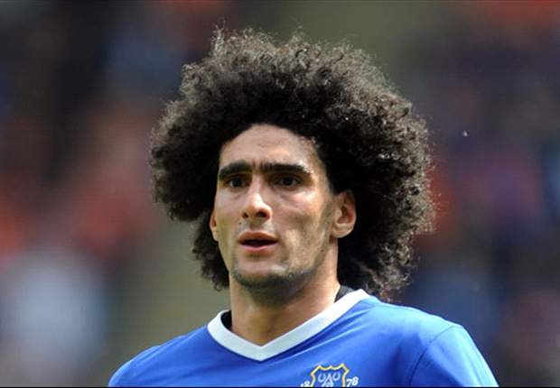 Everton midfielder Fellaini to undergo further knee tests