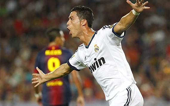 Cristiano ronaldo scoring for real madrid (supercopa de espania barcelona-real madrid)