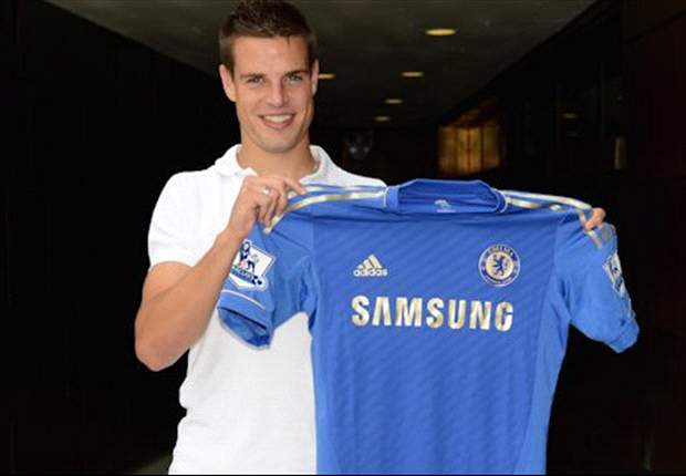 Azpilicueta and Moses given Chelsea squad numbers
