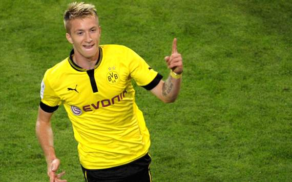 Reus rescues Dortmund against Wolfsburg