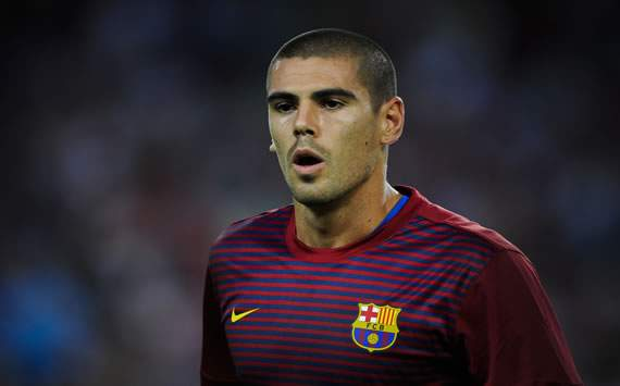 No contract talks between Barcelona and Valdes yet, says agent