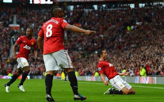 EPL - Manchester United v Fulham, Robin van Persie