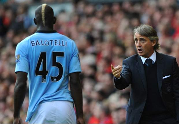Manchester City striker Balotelli set to undergo eye surgery next week