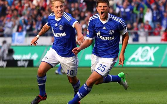 Schalke Optimis Amankan Lewis Holtby Dan Klaas-Jan Huntelaar