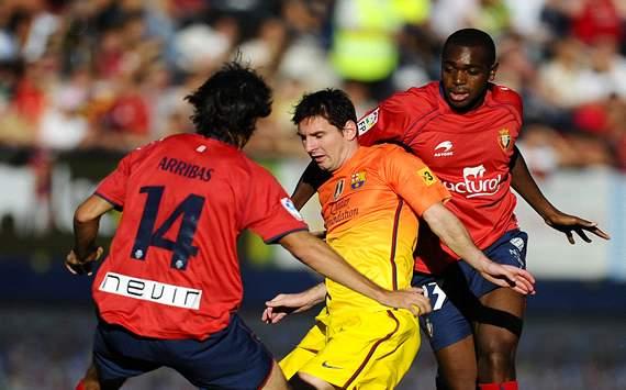 Lionel Messi; Raoul Cedric, Alejandro Arribas - Osasuna v FC Barcelona