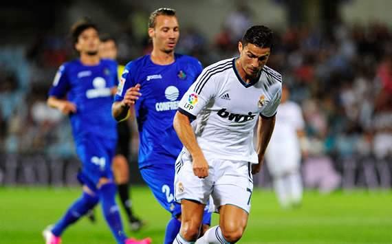 Alexis, Cristiano Ronaldo - Getafe v Real Madrid
