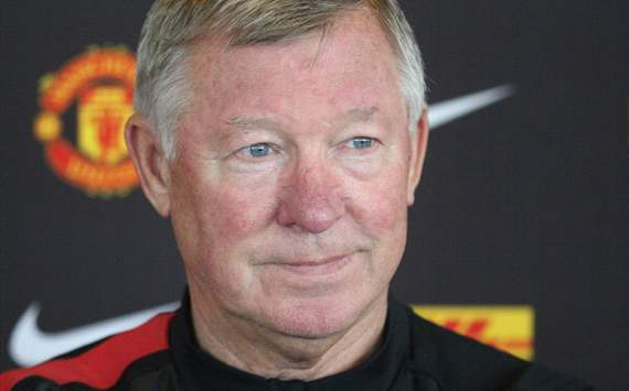 Sir Alex Ferguson demands defensive improvement from Manchester United