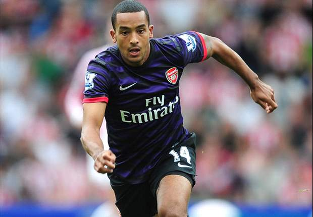 Theo Walcott ready to do battle with Chelsea and Ashley Cole