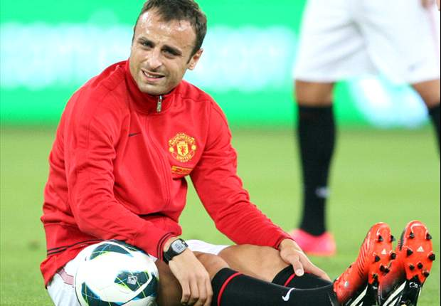 Juventus make late swoop to sign Berbatov from Manchester United