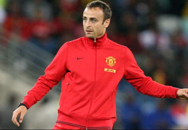 Berbatov on verge of Fulham move after medical