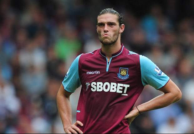 Allardyce reveals Liverpool have recall clause for Carroll